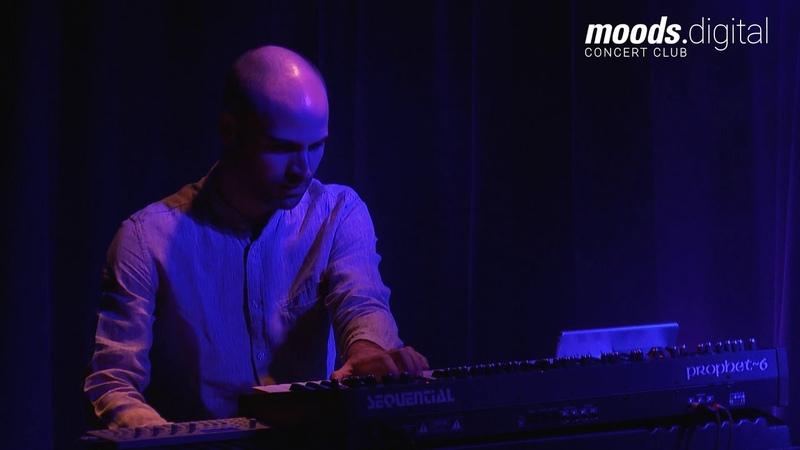 Jeremias Kellers Vertigo - CASCADES - Live @ Moods ZH