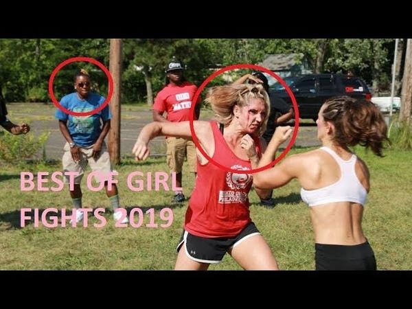 Liseli Kızların Sokak Kavgaları ve İzleyenlerin Komik Tepkileri 18 Girl Fights On the street