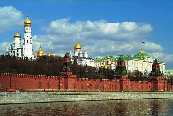День независимости России: история праздника и его особенности