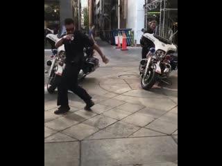 Bboy cops