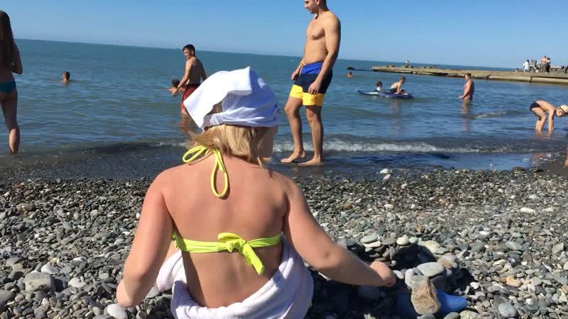 Пляж Адлера в октябре