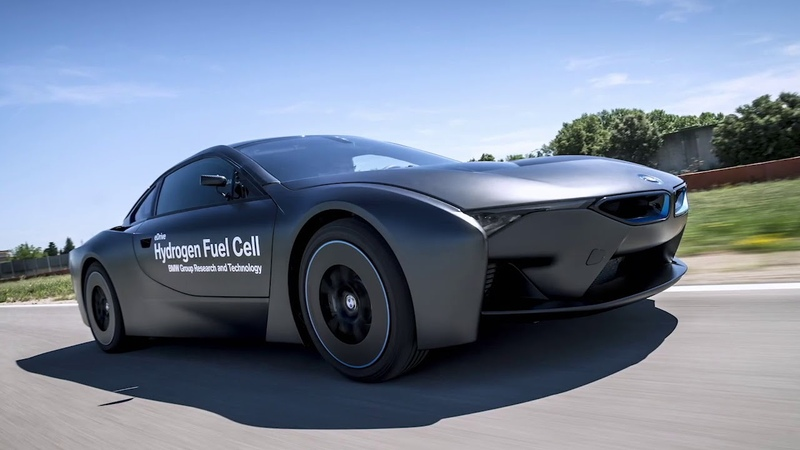 BMW introduces hydrogen fuel cell powertrain in conjunction with Toyota