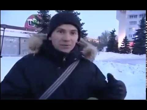 Веселый мужик дает интервью, кажется он под чаем)