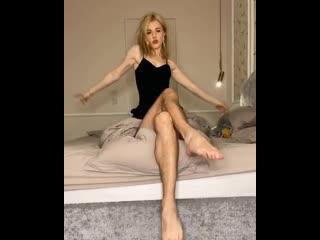 Юлианна Караулова продемонстрировала волосатые ножки