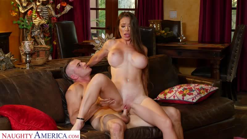 My Friend's Hot Mom - Bianca Burke - Naughty America - October 8, 2019 New Porn Milf Big Tits