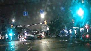 Видеорегистратор снял момент жесткого ДТП на пр. Ленина в Туле