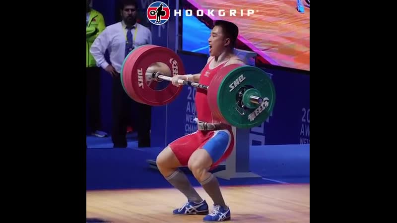 Choe Jon Wi (81kg) clean and jerking 197kg