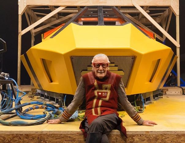 Стэн Ли на съемочной площадке «Тора: Рагнарек», 2016 год