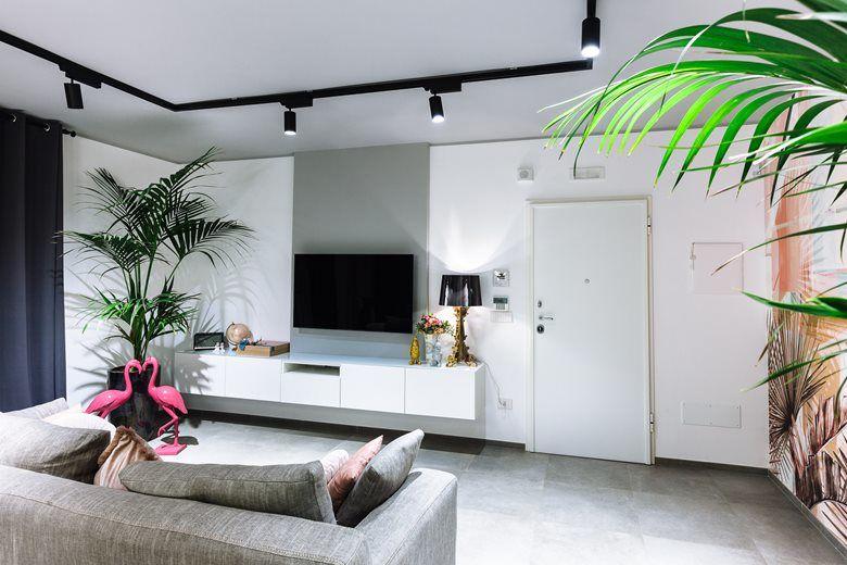 Красочные апартаменты в Монополи, Италия || 01