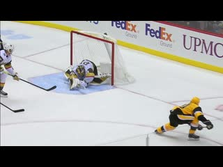 Marc-andré fleury stretches out to make amazing save against penguins