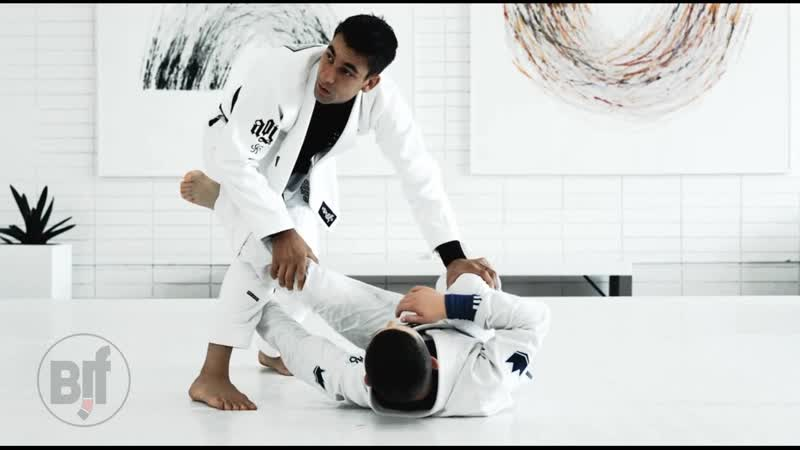 Gui Mendes - DETAILS PASSING THE LAPEL UNDERHOOK FROM DE LA RIVA bjf_aoj