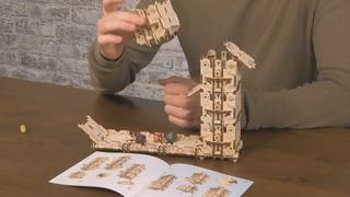 Ugears Games: Видеоинструкция по сборке Модульного Дайс-Тауэра [Modular Dice Tower]
