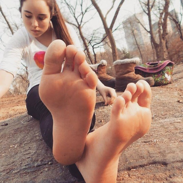 Foot Fetishists Tell Us What Makes Sexy Feet