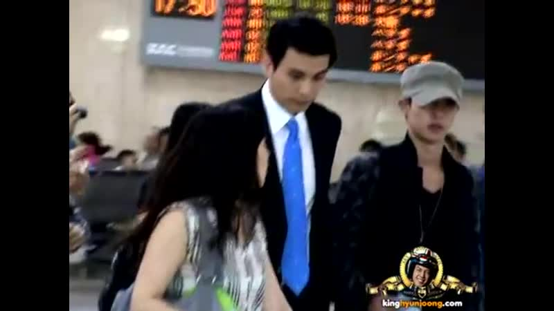 2012.07.26 KIM HYUN JOONG fancam - Gimpo Airport (Arrival from HND, JP)
