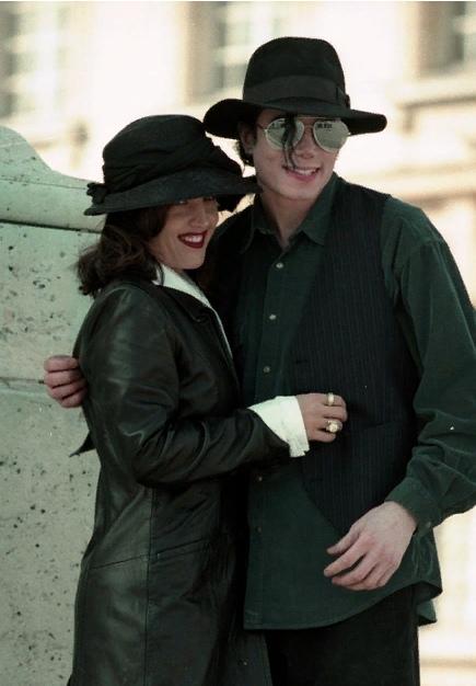 Дамы сердца Майкла Джексона. Лиза Мария Пресли. Часть 3., изображение №1