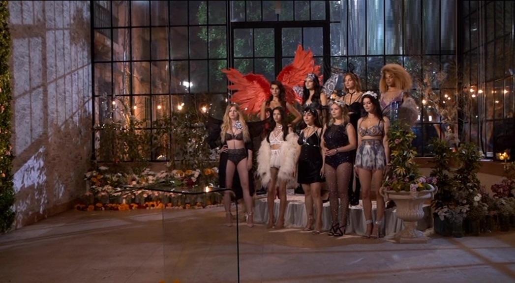 Церемония роз ночные бабочки Victoria's Secret