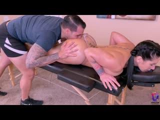 Массажист трахнул пышную брюнетку на работе, sex job porn body sport fit bubble ass big tit bbw love cum fuck HD (Hot&Horny)