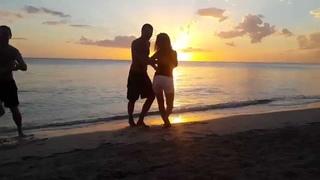 Сальса на закате на пляже - Куба Тринидад