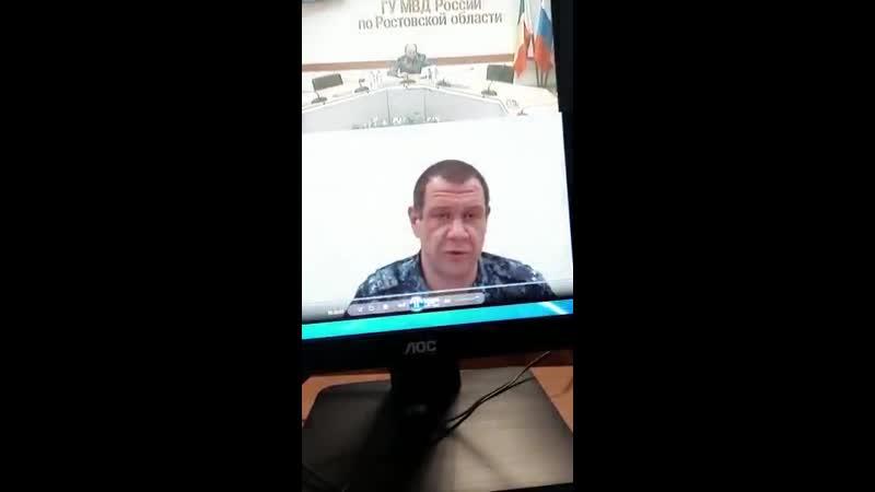 На вопрос телезрителя из Ростовской области: Где Шаповалов? Отвечает рядовой Моисеев.