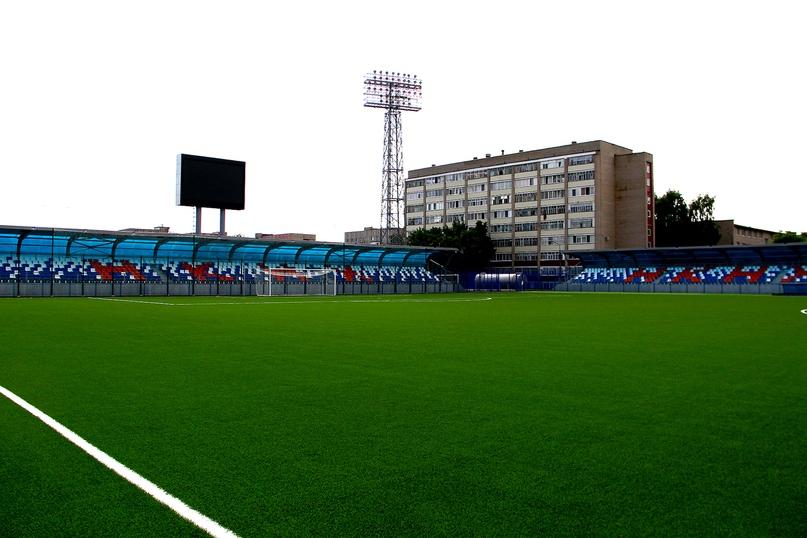 Стадион «Нефтехимик» в Нижнекамске