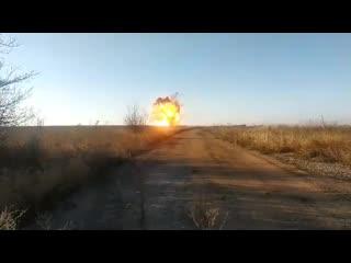 Мощный взрыв у Петровского