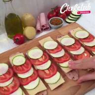 id_46577 Мясные рулетики + картошка-гармошка — выглядит очень аппетитно 😋🍴  Автор: Chef Club  #gif@bon