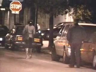 Уличные проститутки в чёрных кварталах.