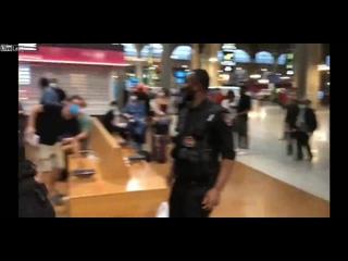Драка польского туриста с пятью арабами-карманниками
