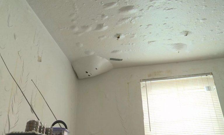 Что будет с потолком из гипсокартона если его зальют сверху?