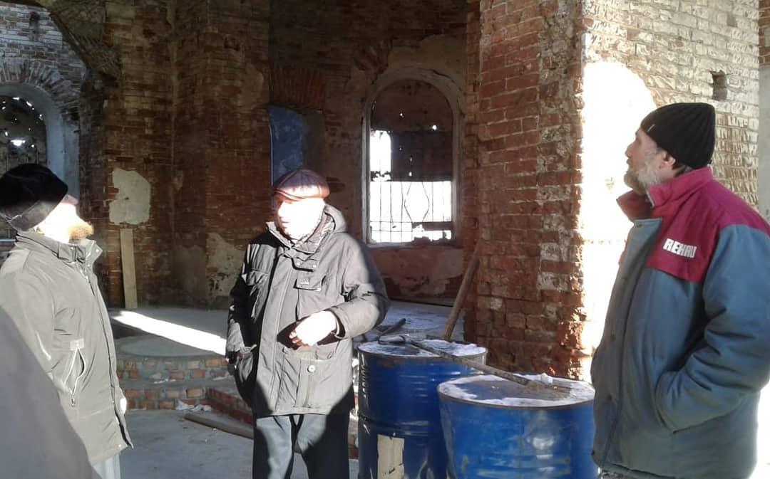 В храме Всех святых села Таволожка продолжаются реставрационные работы