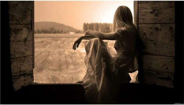 А вы когда-нибудь людей теряли.. Так просто,тихо,мирно Без причинКогда сначала душу отдавалиА вскоре раз!.. И мир вдруг стал инымА вы когда-нибудь в них утопалиНелепо так До пустоты внутриА