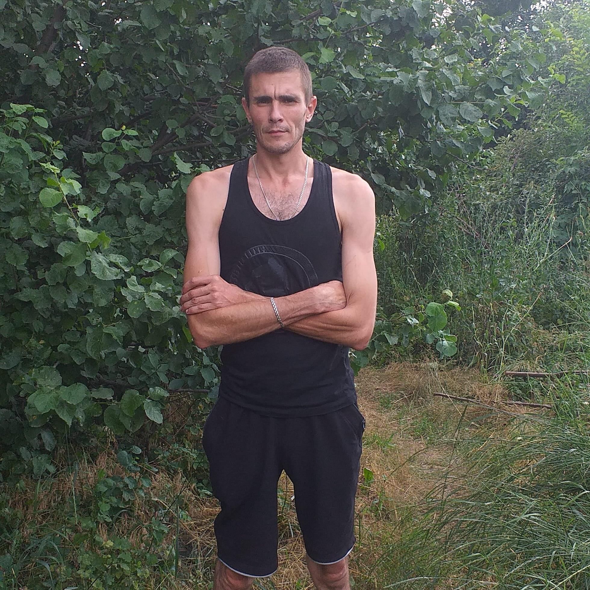 Руслан, 39, Novoshakhtinsk