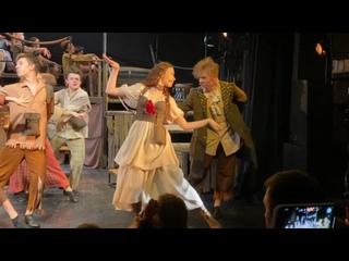 Танец Бэт и Ловкого Плута из спектакля «Оливер Твист»