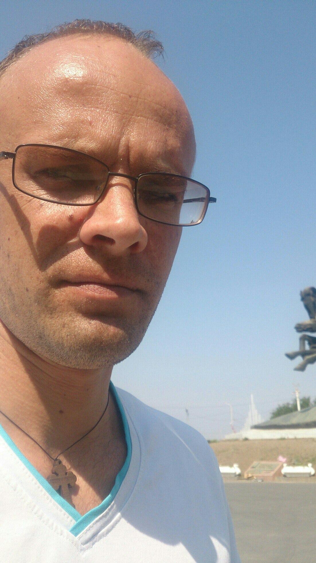 Олег, 35, Psebay