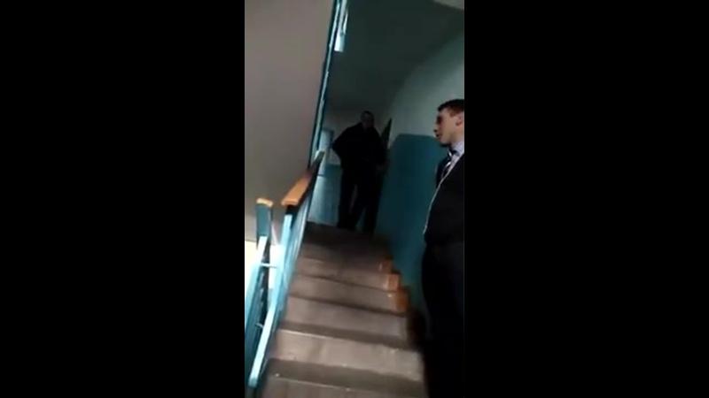 Доктор Олег от МЕДКОМ лекция в подъезде