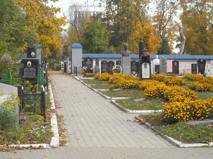 Троицкое кладбище Орла., изображение №17