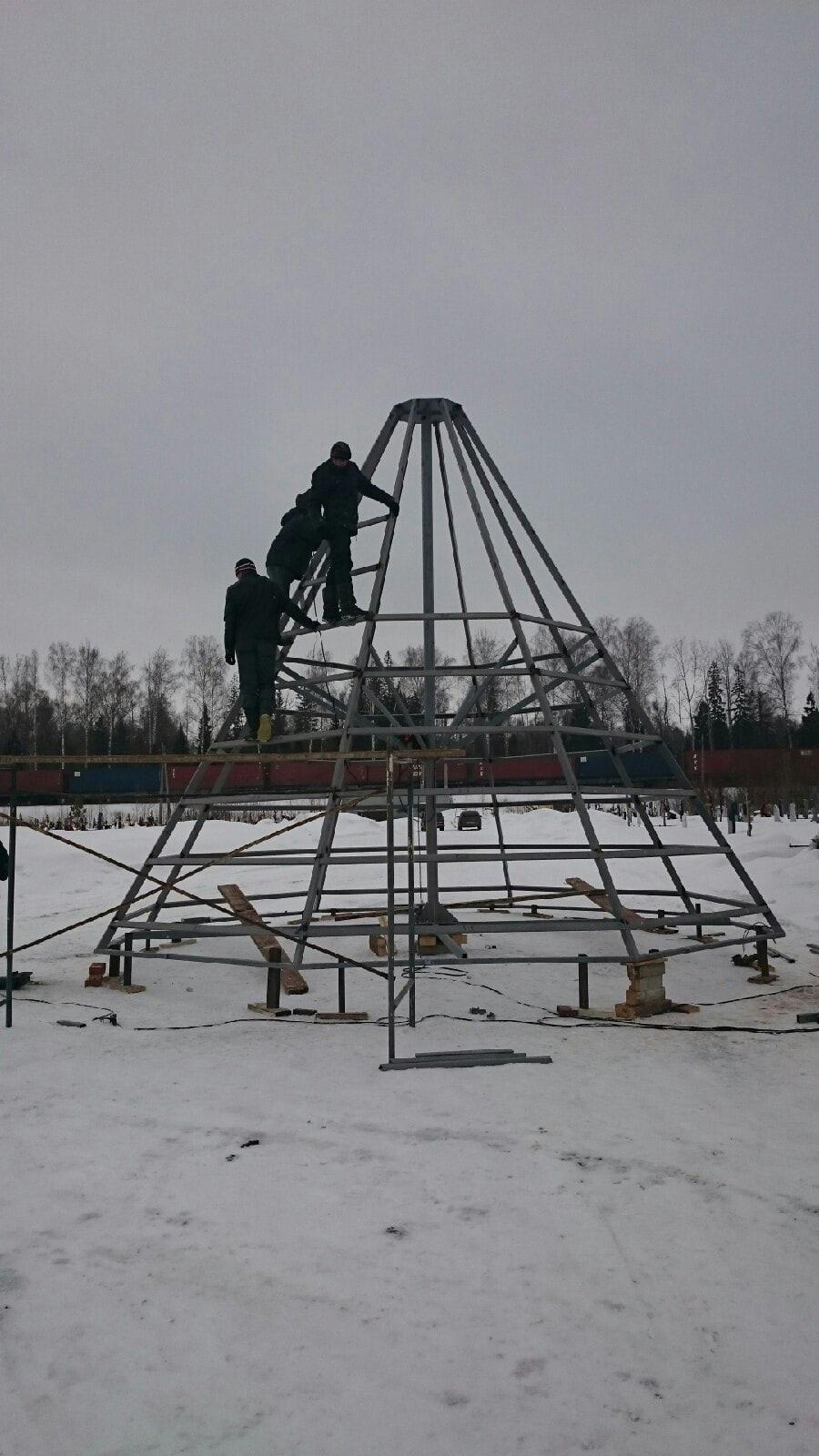 В Можге продолжается строительство храма-часовни в честь