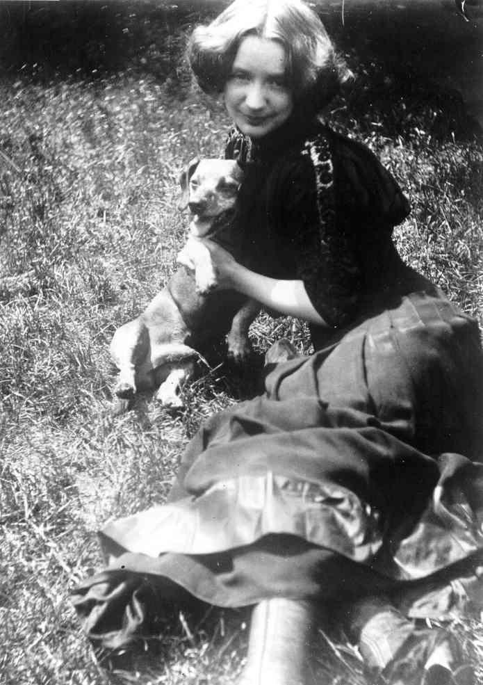 Сегодня родилась Герда Вегенер (1886-1940) — датская художница и иллюстратор, из...
