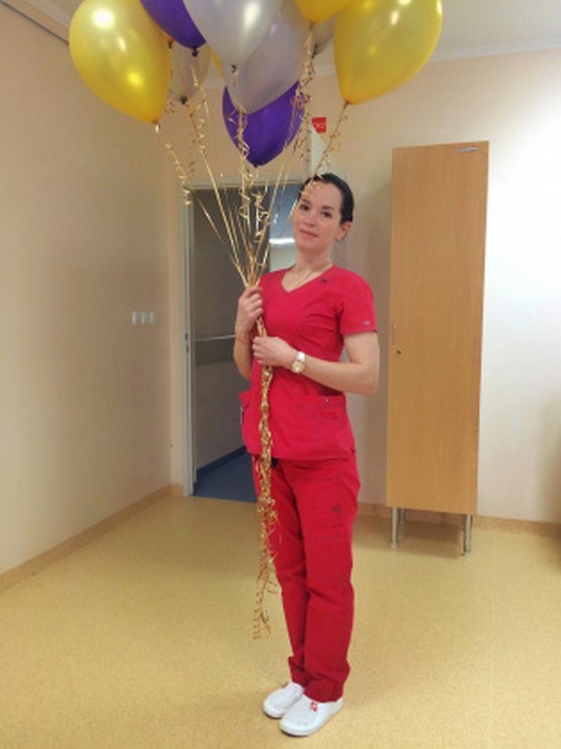 Медсестра ОКБ Ольга Кисель уверена, что можно победить онкологию, если не запускать болезнь и слушать врачей, изображение №2