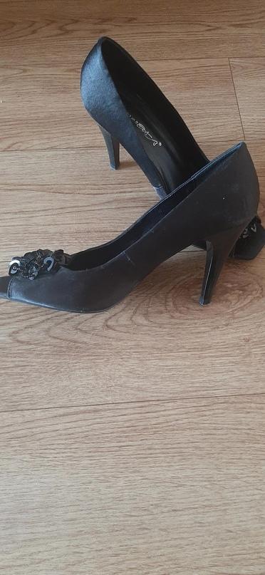 Туфли в хорошем состоянии, р-р   Объявления Орска и Новотроицка №23640