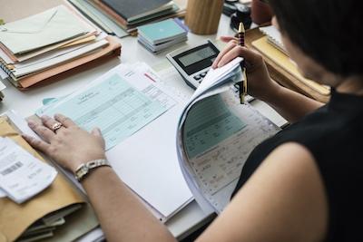 Критерии подбора бухгалтера для НКО: советы руководителю - читайте на Кухне НКО, изображение №1