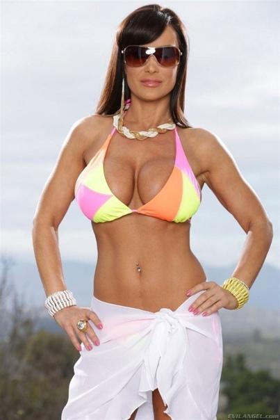 Lisa Ann 9