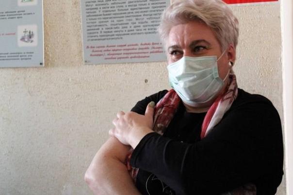 Почти 199 тысяч человек вакцинировались от СOVID-1...