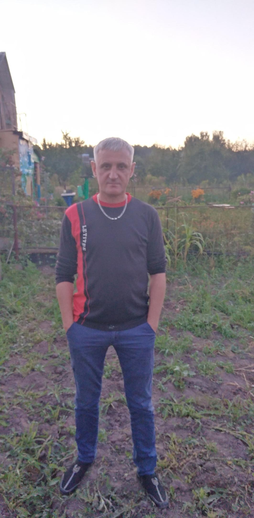 Олег, 47, Zheleznogorsk
