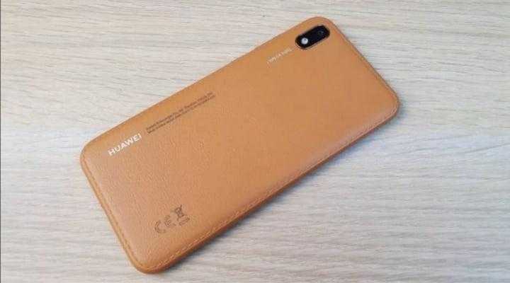 Купить Huawei Y5 2019 32Gb телефон внешне в | Объявления Орска и Новотроицка №11236