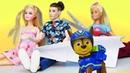 Видео про игры в куклы. Кукла Барби ревнует! Чужая Кукла понравилась Кену, супергероям и мегащенкам