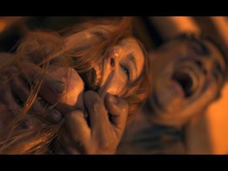 Мужики жестко насилуют лесбиянок в анал (ебут в жопу, рвут попки хуями, кончают в очко телкам)