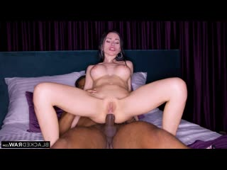 ПРИНИМАЕТ В ЖОПУ ЧЁРНЫЙ - BlackedRaw Sasha Rose Close Up Hardcore Big Dick MILF Busty Blacked Raw