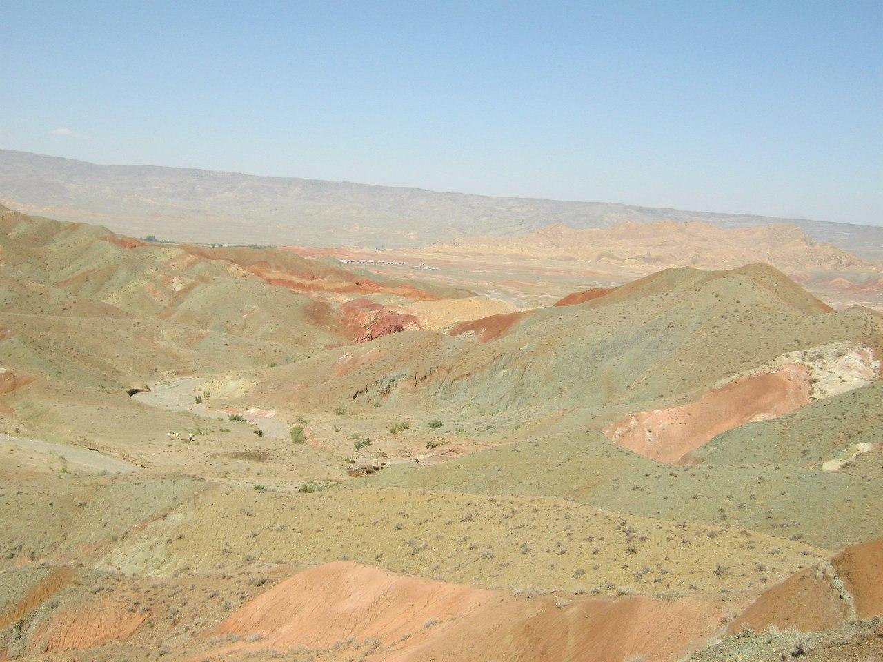 пастухи на жаре в полупустыне