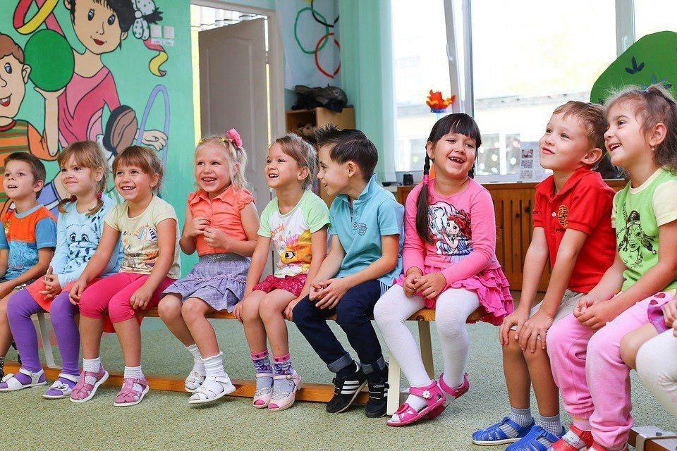 Начальник УВД по ЮВАО поздравил воспитанников школы-интерната имени Никулина с Днем защиты детей